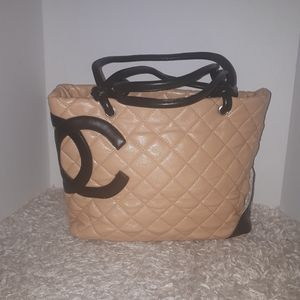 Beautiful Chanel bag purse